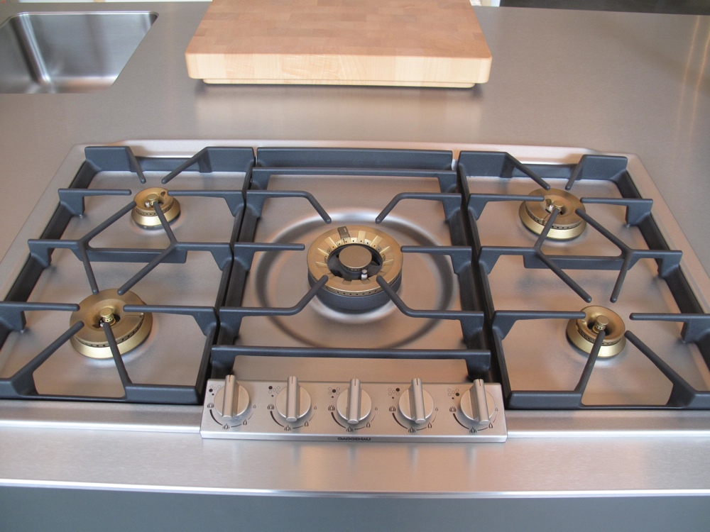 Also ceramic cooktop burned on cleaning you for Glass cooktops pros and cons